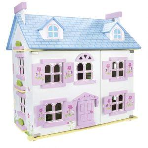 Casa de muñecas de madera con muebles