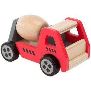 Coche de madera de construcción